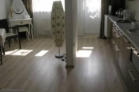 Сдается 1-комнатная квартира посуточно в Светлогорске, Фруктовая улица, д. 10.
