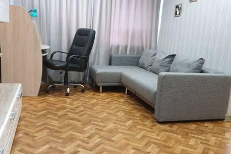Сдается 2-комнатная квартира посуточно в Норильске, ул. Ленинградская, 4.