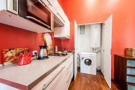 Сдается 2-комнатная квартира посуточнов Санкт-Петербурге, Адмиралтейский проспект, 10.