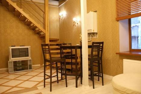 Сдается 3-комнатная квартира посуточно в Одессе, ул. Дерибасовская, 19.