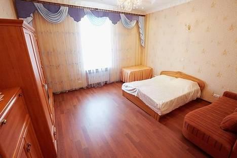 Сдается 1-комнатная квартира посуточно в Львове, Площадь Рынок, 11.