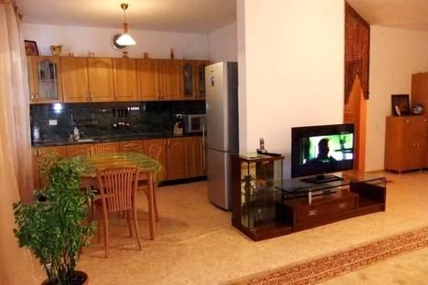 Сдается 3-комнатная квартира посуточнов Атырау, ул. Крупской, 24в.