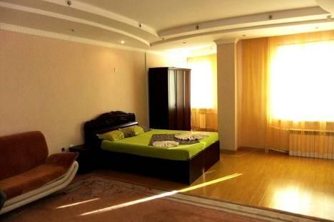 Сдается 1-комнатная квартира посуточно в Атырау, ул. Чапаева, 1.