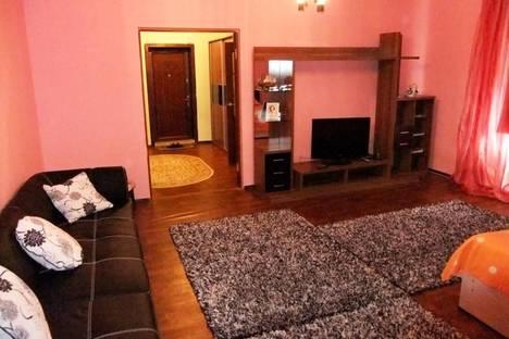 Сдается 1-комнатная квартира посуточно в Атырау, ул. Кулманова, 1.