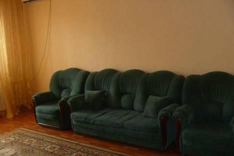 Сдается 2-комнатная квартира посуточно в Атырау, проспект Сатпаева, 27.