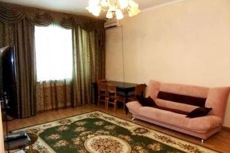 Сдается 2-комнатная квартира посуточно в Атырау, ул. Крупской, 24.