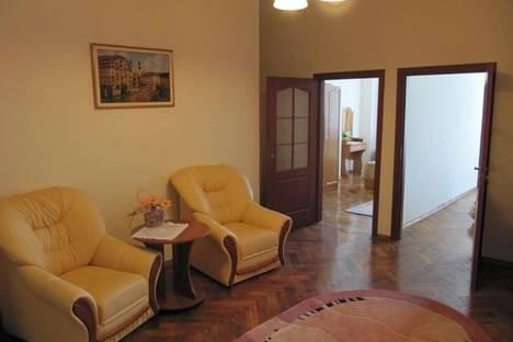 Сдается 2-комнатная квартира посуточно в Львове, Театральная, 10.