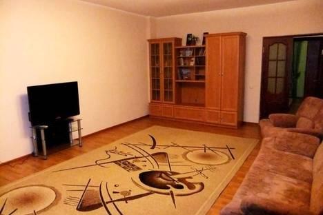 Сдается 2-комнатная квартира посуточнов Атырау, проспект Сатпаева, 48а.