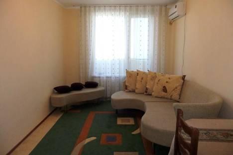 Сдается 2-комнатная квартира посуточно в Атырау, ул. Кулманова, 58.