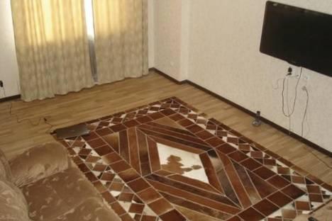 Сдается 3-комнатная квартира посуточно в Астане, Кабанбай батыра проспект, д. 38.