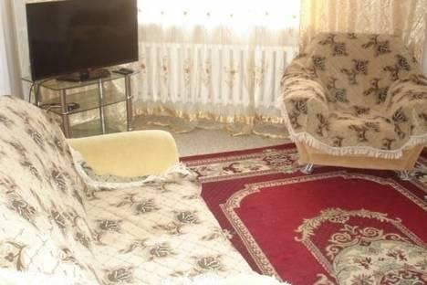 Сдается 2-комнатная квартира посуточно в Астане, Сыганак проспект, д. 12.