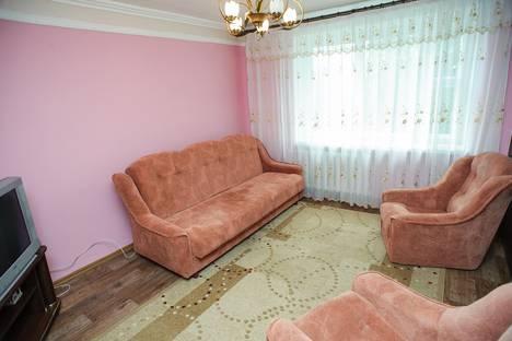 Сдается 2-комнатная квартира посуточно в Черкассах, ул. Гоголя, 360.
