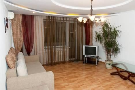 Сдается 3-комнатная квартира посуточно в Черкассах, ул. Котовского, 97.