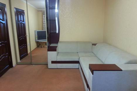 Сдается 1-комнатная квартира посуточно в Усинске, ул. Парковая, д. 3.