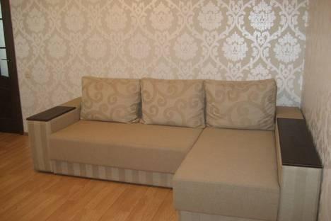 Сдается 2-комнатная квартира посуточно, ул. Подольская, 12.
