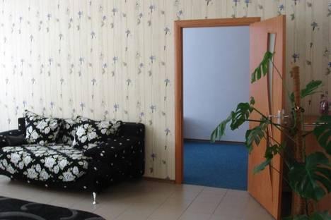 Сдается 2-комнатная квартира посуточно, ул. Подольская, 17/1.