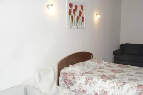 Сдается 1-комнатная квартира посуточно в Одессе, ул. Армейская, 11.