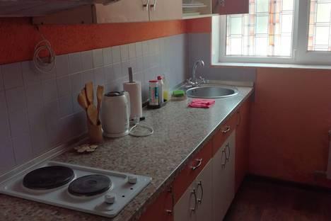Сдается 1-комнатная квартира посуточно в Евпатории, улица Пушкина, 41.