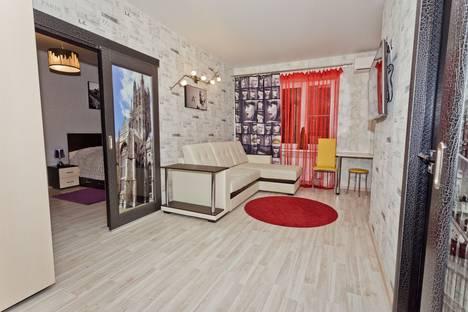 Сдается 2-комнатная квартира посуточно в Нижнем Новгороде, пл Горького Максима, д.4.