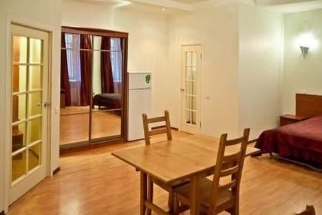 Сдается 1-комнатная квартира посуточнов Санкт-Петербурге, Невский проспект, 63.