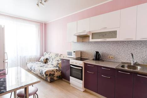 Сдается 1-комнатная квартира посуточно в Оренбурге, ул. Салмышская, 58/2.