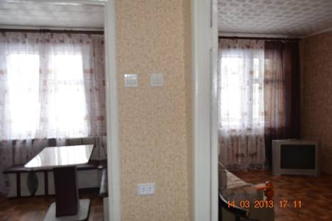 Сдается 1-комнатная квартира посуточно в Саянске, мкр. Солнечный, д 6.