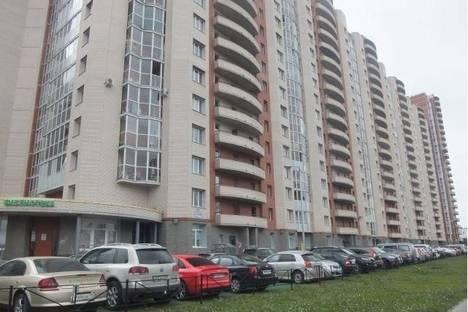 Сдается 2-комнатная квартира посуточнов Санкт-Петербурге, Богатырский проспект, 36,1.