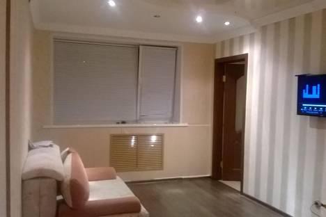 Сдается 4-комнатная квартира посуточнов Салавате, ул. Калинина, 33.