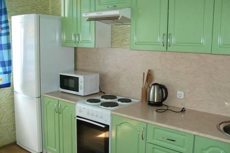 Сдается 2-комнатная квартира посуточно в Подольске, ул. Академика Доллежаля, 32.