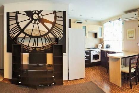 Сдается 2-комнатная квартира посуточно в Тольятти, ул. Ленина, 115.