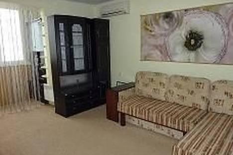 Сдается 1-комнатная квартира посуточнов Южном, Николаевская дорога, 309.