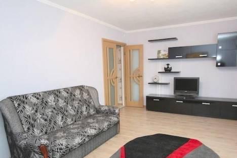 Сдается 2-комнатная квартира посуточно в Феодосии, б-р Старшинова, 27.