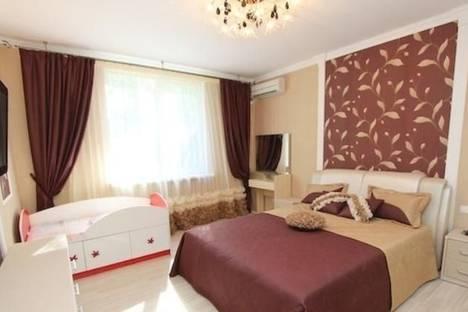 Сдается 2-комнатная квартира посуточно в Феодосии, б-р Адмиральский, 7В.