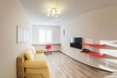 Сдается 1-комнатная квартира посуточно в Казани, проспект Ямашева, 103.