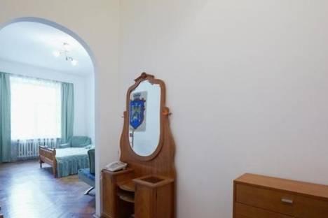 Сдается 1-комнатная квартира посуточно в Львове, ул. Ярослава Стецько, 5.