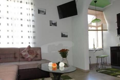 Сдается 2-комнатная квартира посуточно в Львове, пр-т Шевченка, 11.