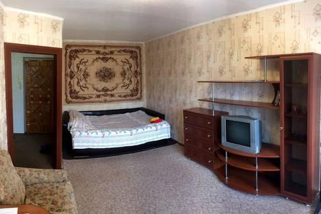 Сдается 1-комнатная квартира посуточно, ул. Верхняя Дуброва, д.1.