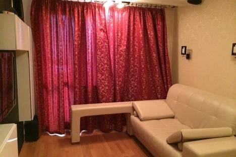 Сдается 2-комнатная квартира посуточнов Санкт-Петербурге, пр. Космонавтов 37.