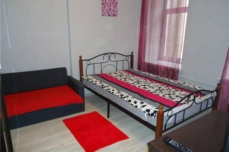 Сдается 1-комнатная квартира посуточнов Санкт-Петербурге, ул. Садовая 112.