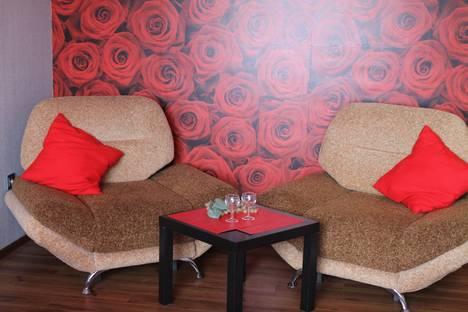 Сдается 1-комнатная квартира посуточно в Тольятти, Фрунзе 8А.
