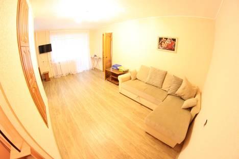 Сдается 2-комнатная квартира посуточно в Новосибирске, ул. Советская, 50.