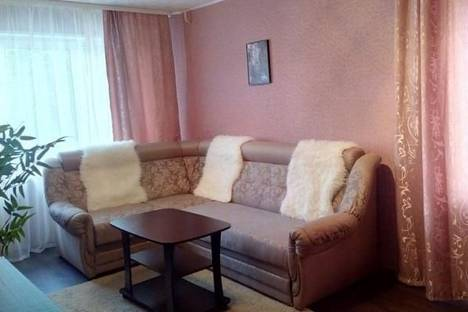 Сдается 3-комнатная квартира посуточно в Мурманске, Беринга улица, д. 1.