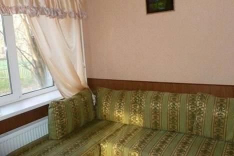 Сдается 2-комнатная квартира посуточно в Мурманске, Ленина проспект, д. 24.