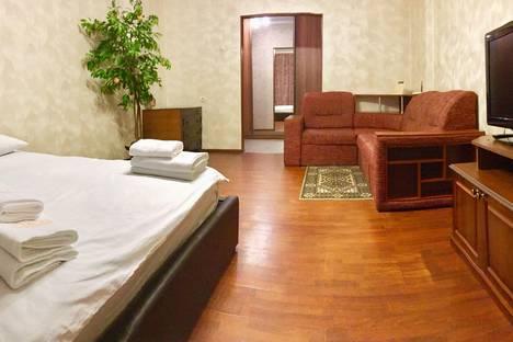 Сдается 1-комнатная квартира посуточно в Брянске, Красноармейская, д. 100, корп. 1.