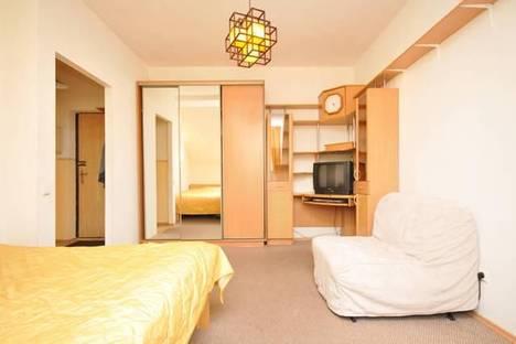 Сдается 1-комнатная квартира посуточнов Санкт-Петербурге, ул. Мытнинская 2.