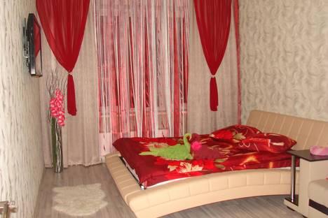 Сдается 1-комнатная квартира посуточно в Гатчине, ЧЕХОВА 26.