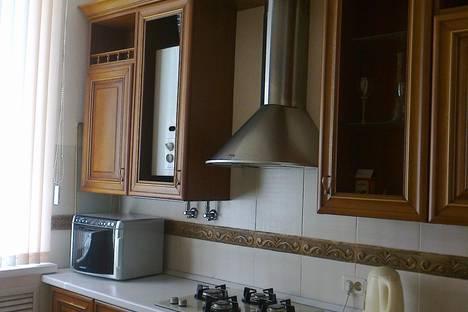 Сдается 2-комнатная квартира посуточно в Кисловодске, Губина 7.