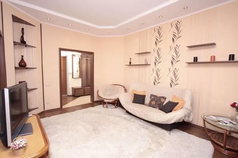 Сдается 2-комнатная квартира посуточнов Новосибирске, ул. Покрышкина, 1.