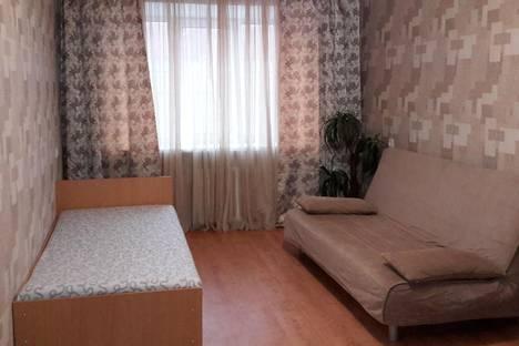Сдается 2-комнатная квартира посуточно в Самаре, ул. Мичурина, 6.