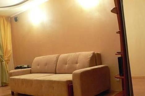 Сдается 2-комнатная квартира посуточно в Виннице, ул. Фрунзе, 8.